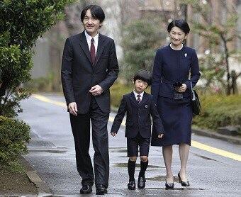 日本皇室的危机:男人老且少