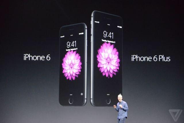 苹果公司发布两款新机。手表也出来了。