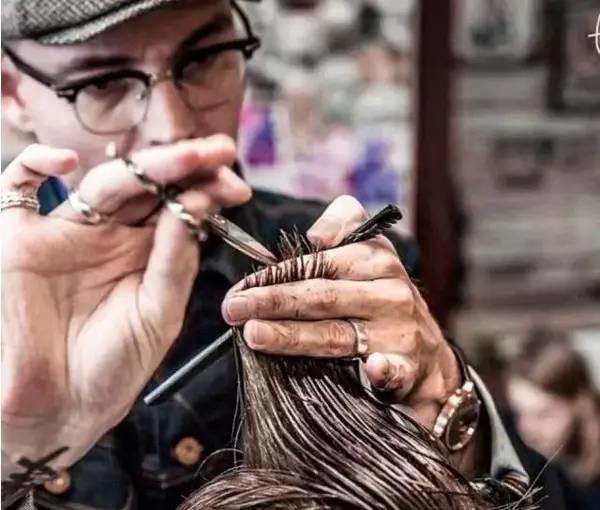 找个懂你的理发师,比找个懂你的男朋友还难!