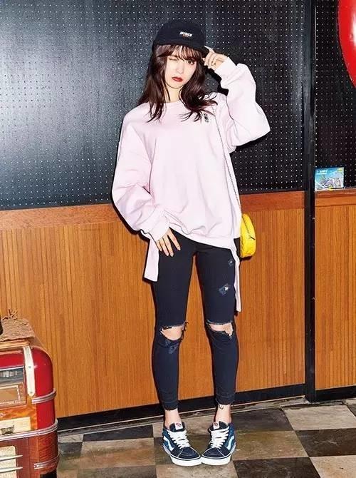 日本时尚达人教你,如何漫不经心穿出心机满满的大片出街风