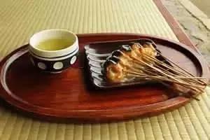 是什么力量可以让日本这7家做了1000多年?