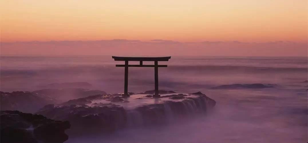 如果把靖国神社放到水里会怎样?
