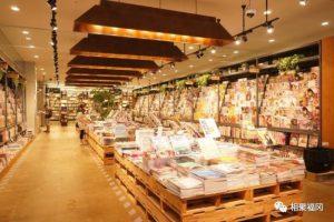 一整套漫画才500日元,福冈这全日本第二大的书店,有钱任性
