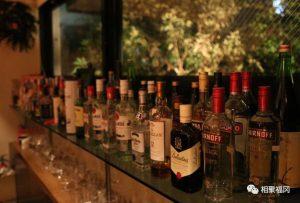 日本福冈有一家可以用支付宝支付的魔术酒吧,有空要去坐坐哦