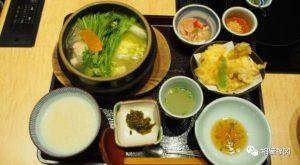 """挑对时间,品尝高贵但不贵的日式鸡肉锅""""博多华味鸟"""""""