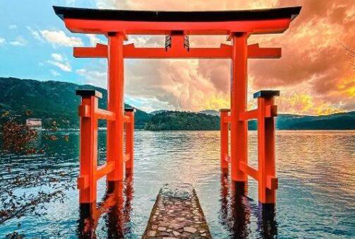 """通往神界的大门,日本这风景绝美的十大鸟居堪称""""此生必去""""!"""